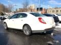 Lincoln MKS AWD White Platinum photo #6
