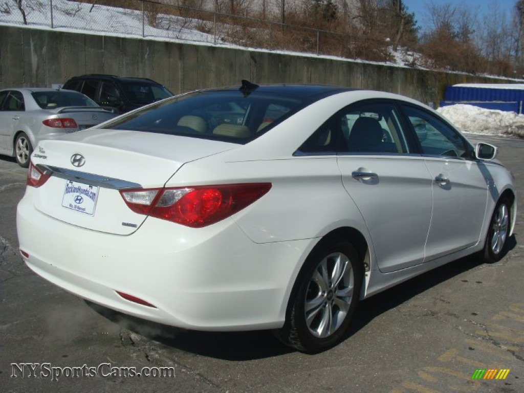 2013 hyundai sonata limited in shimmering white photo 2 540805 cars for. Black Bedroom Furniture Sets. Home Design Ideas