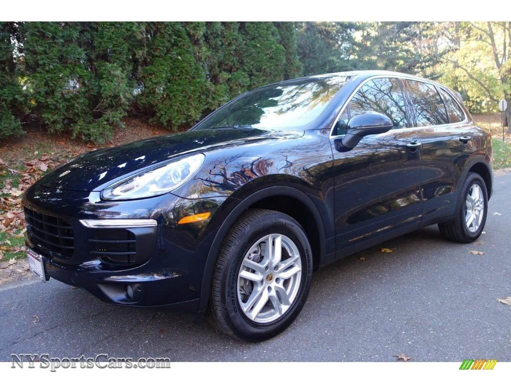 2016 Porsche Cayenne In Moonlight Blue Metallic A03907