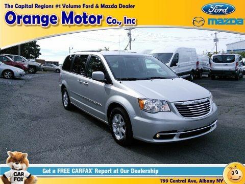 Bright Silver Metallic 2012 Chrysler Town & Country Touring