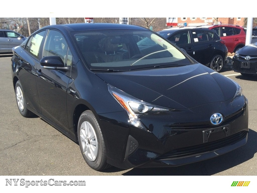2016 Prius v Two - Black / Bisque photo #1
