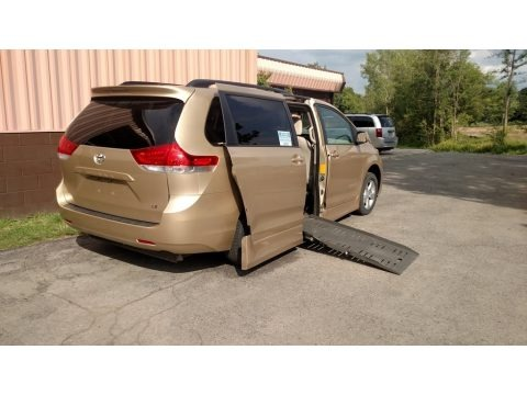 Sandy Beach Metallic 2012 Toyota Sienna LE