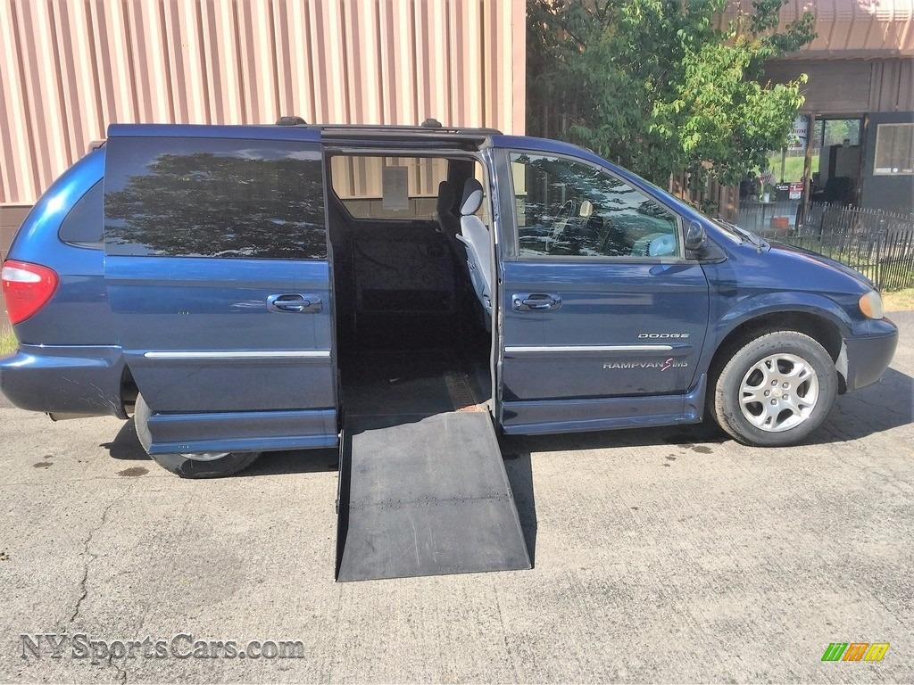 2001 Grand Caravan ES - Patriot Blue Pearlcoat / Navy Blue photo #1