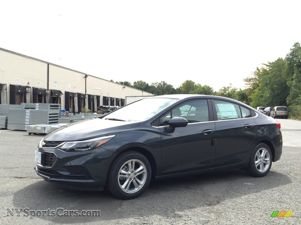 2017 Chevrolet Cruze Lt In Graphite Metallic 131276