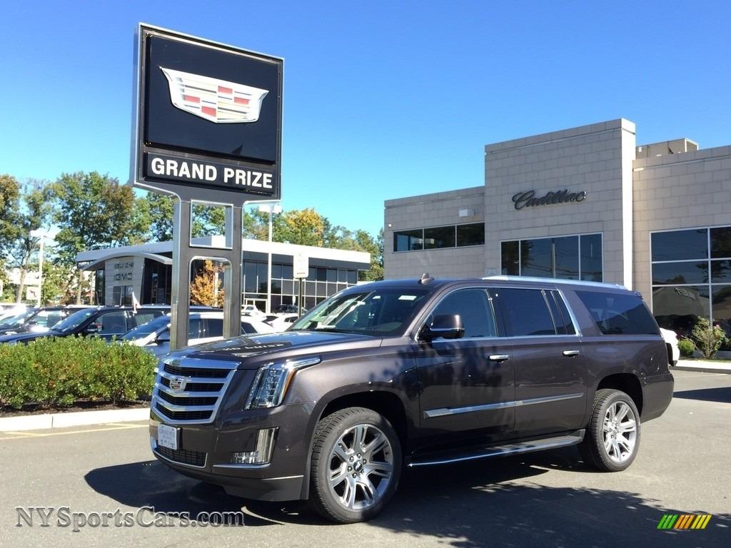 2017 Cadillac Escalade Esv Luxury 4wd In Dark Granite Metallic 112220