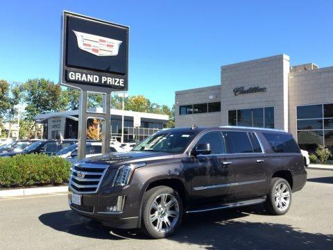 Dark Granite Metallic 2017 Cadillac Escalade ESV Luxury 4WD