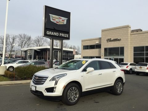 Crystal White Tricoat 2017 Cadillac XT5 Luxury