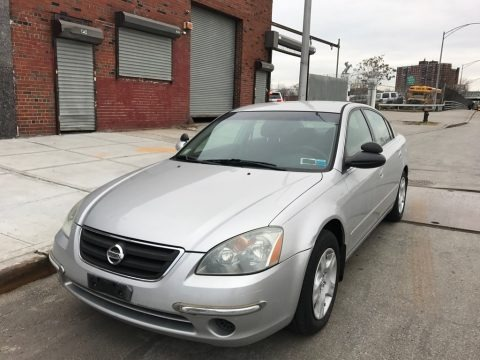Sheer Silver Metallic 2002 Nissan Altima 2.5 S