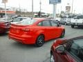 Ford Focus SE Sedan Race Red photo #4