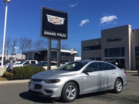 Silver Ice Metallic 2017 Chevrolet Malibu LS
