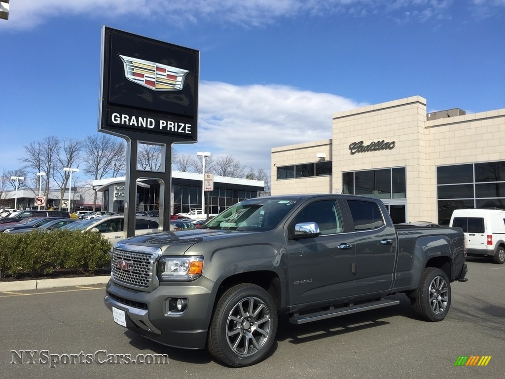 Cyber Gray Metallic / Jet Black GMC Canyon Denali Crew Cab 4x4