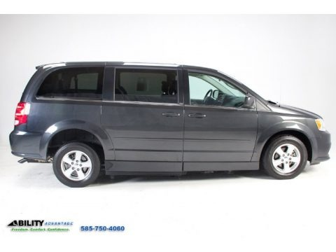 Dark Charcoal Pearl 2012 Dodge Grand Caravan Crew