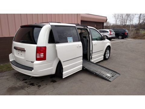 Stone White 2009 Chrysler Town & Country Touring