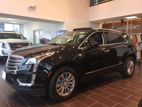 Stellar Black Metallic 2017 Cadillac XT5 Luxury