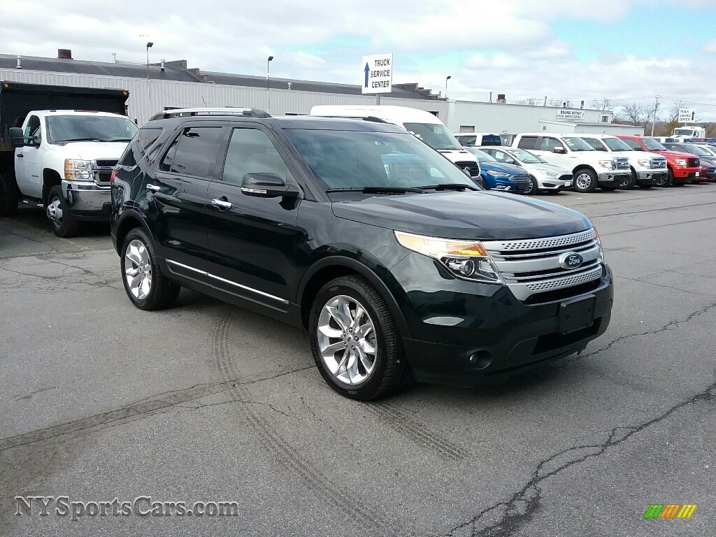 2014 Explorer XLT 4WD - Dark Side / Medium Light Stone photo #1
