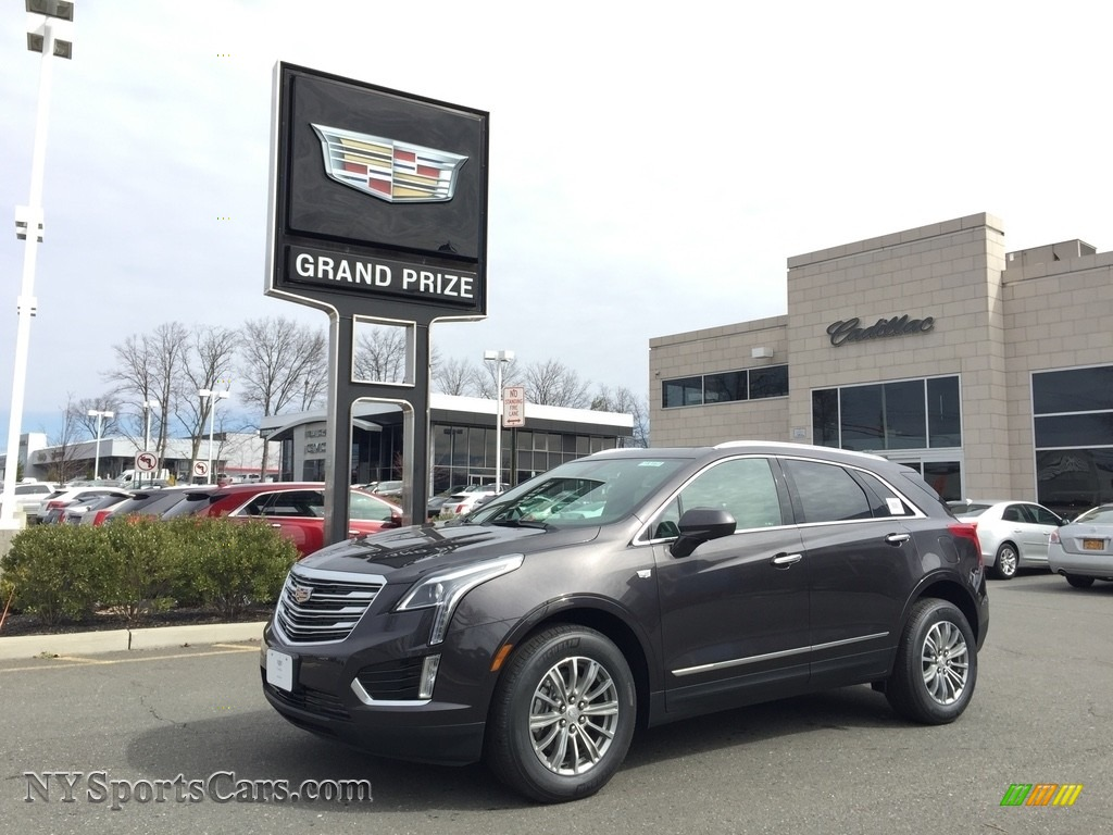Dark Granite Metallic / Sahara Beige Cadillac XT5 Luxury AWD