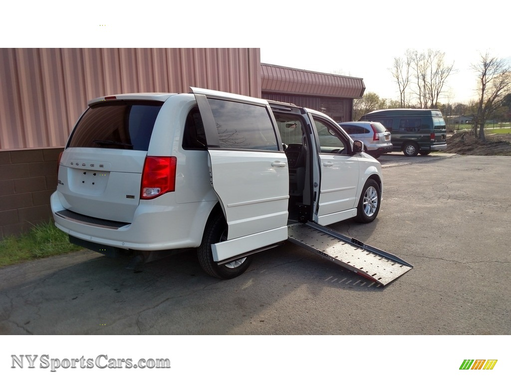 2013 Grand Caravan SXT - Stone White / Black/Light Graystone photo #1