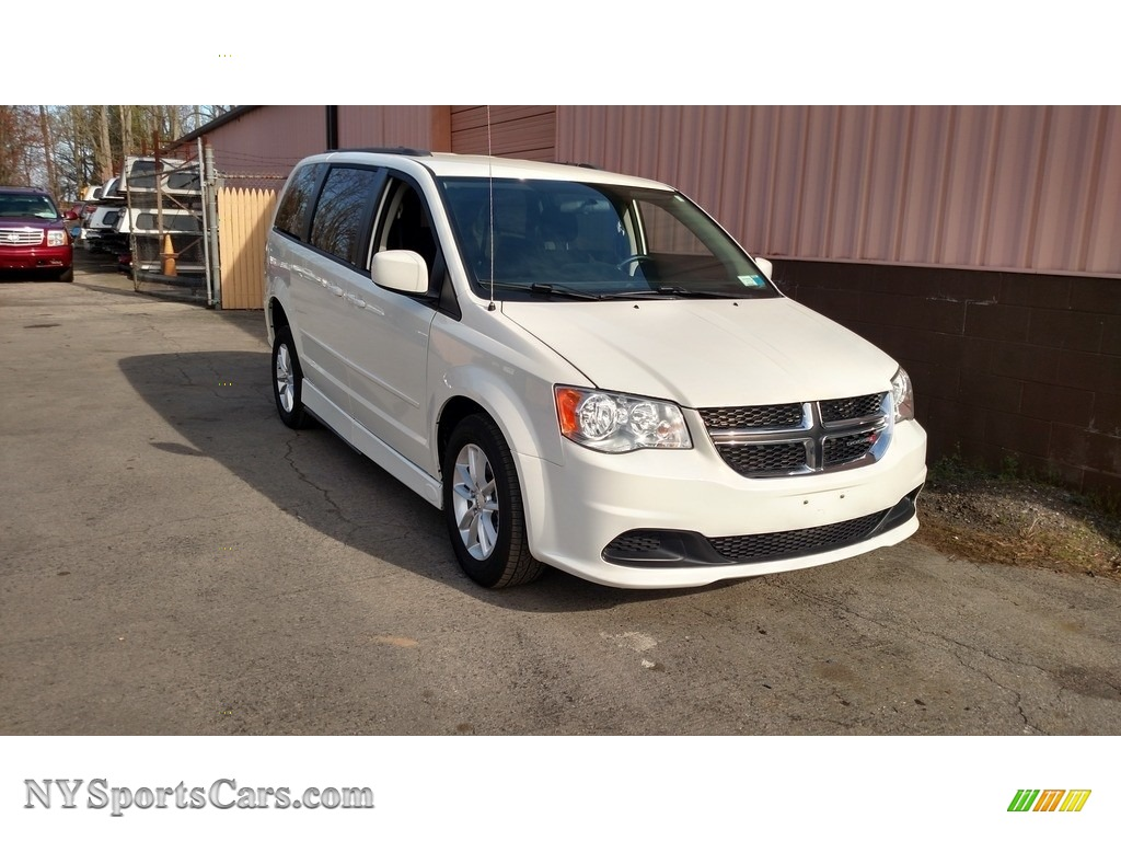 2013 Grand Caravan SXT - Stone White / Black/Light Graystone photo #3