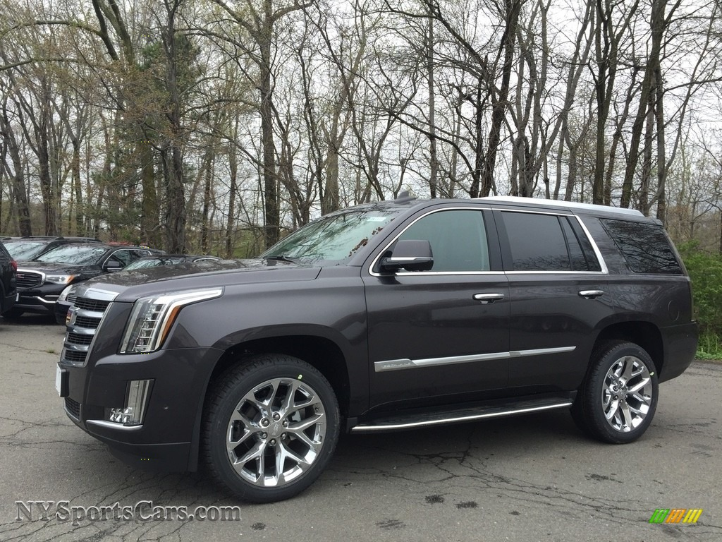 2017 Escalade Luxury 4WD - Dark Granite Metallic / Jet Black photo #1