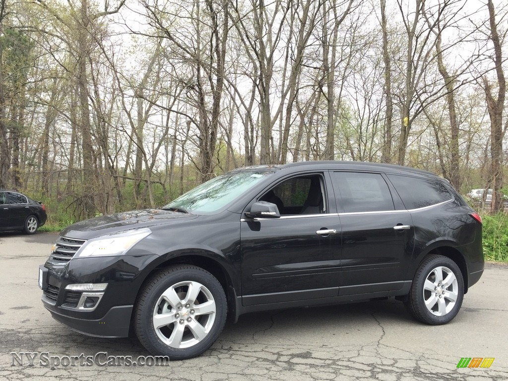 Mosaic Black Metallic / Ebony Chevrolet Traverse LT AWD