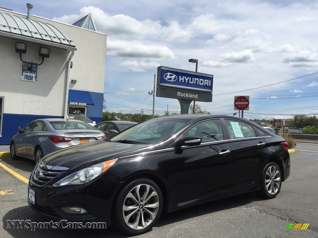 2014 Sonata SE 2.0T - Phantom Black Metallic / Black photo #1
