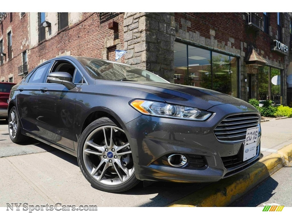 Magnetic Metallic / Charcoal Black Ford Fusion Titanium AWD