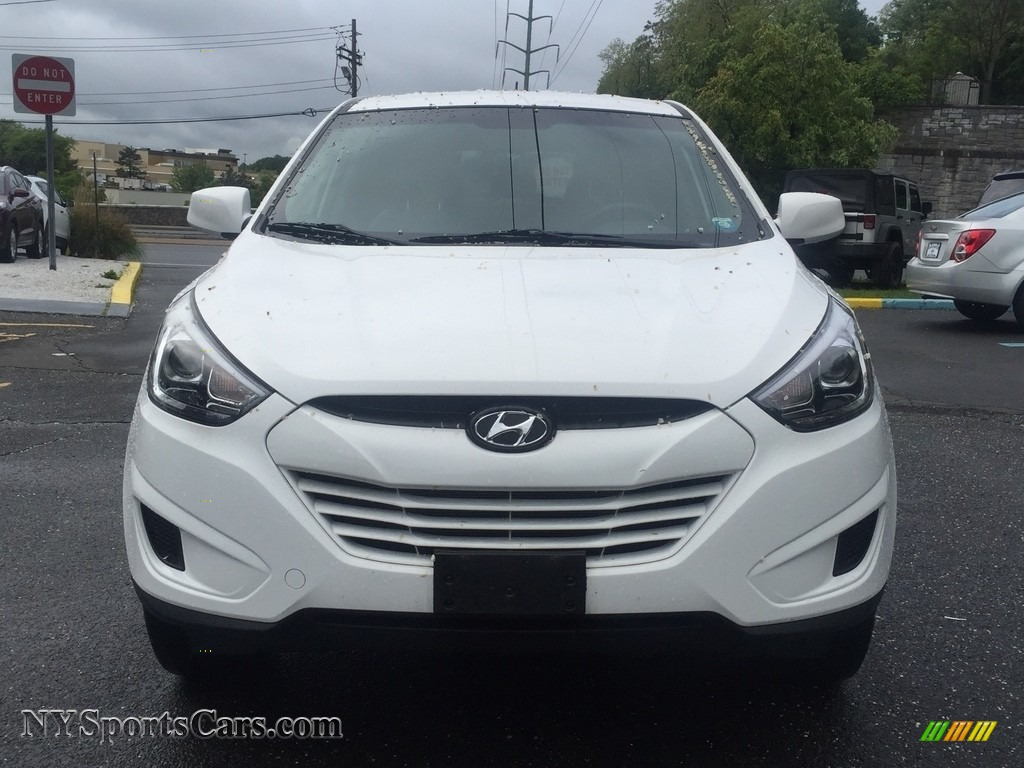 2015 Tucson GLS AWD - Winter White / Beige photo #2