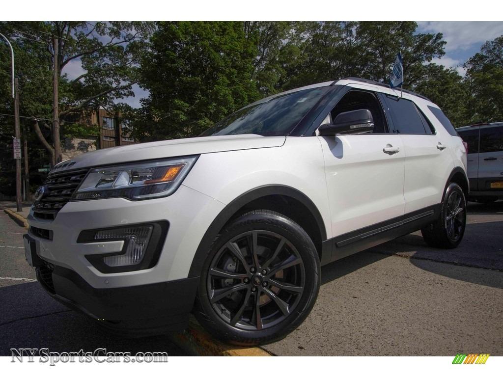 2017 Explorer XLT 4WD - White Platinum / Sport Appearance Dark Earth Gray photo #1