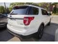 Ford Explorer XLT 4WD White Platinum photo #10