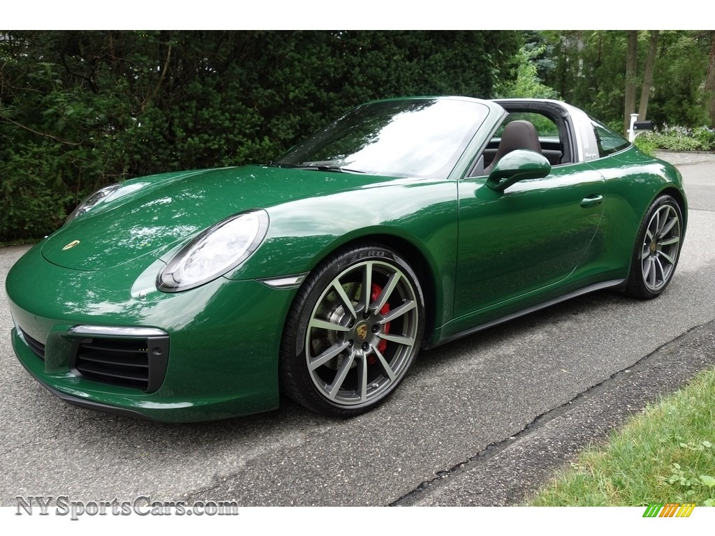 2017 Porsche 911 Targa 4s In Paint To Sample Irish Green