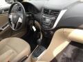 Hyundai Accent SE Sedan Misty Beige photo #24