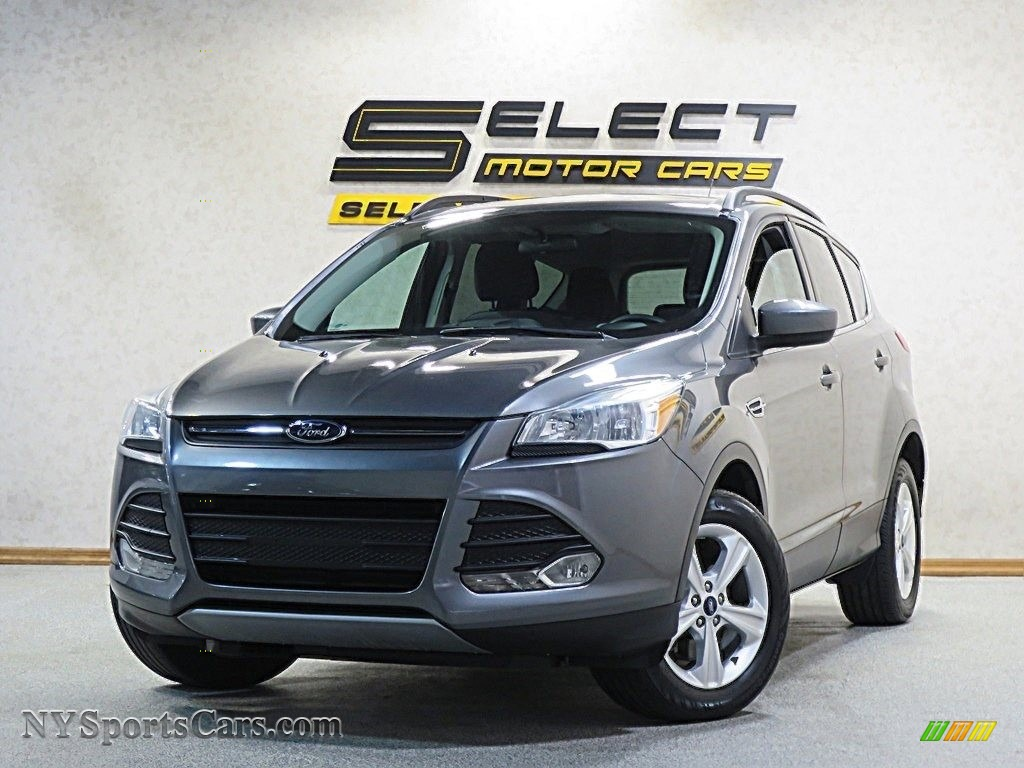 Sterling Gray / Charcoal Black Ford Escape SE 1.6L EcoBoost 4WD