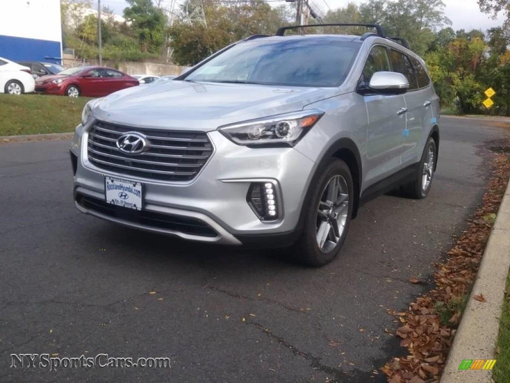 Circuit Silver / Gray Hyundai Santa Fe SE Ultimate AWD