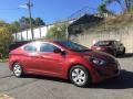 Hyundai Elantra SE Red photo #3