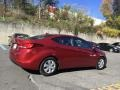 Hyundai Elantra SE Red photo #4