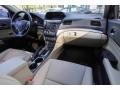Acura ILX Premium Bellanova White Pearl photo #17