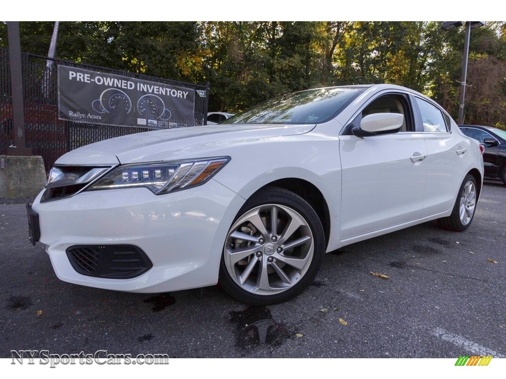 2017 ILX Technology Plus - Bellanova White Pearl / Parchment photo #1