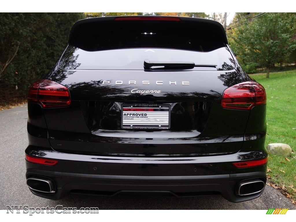 2016 Cayenne  - Black / Black/Luxor Beige photo #5