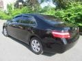 Toyota Camry LE Black photo #7