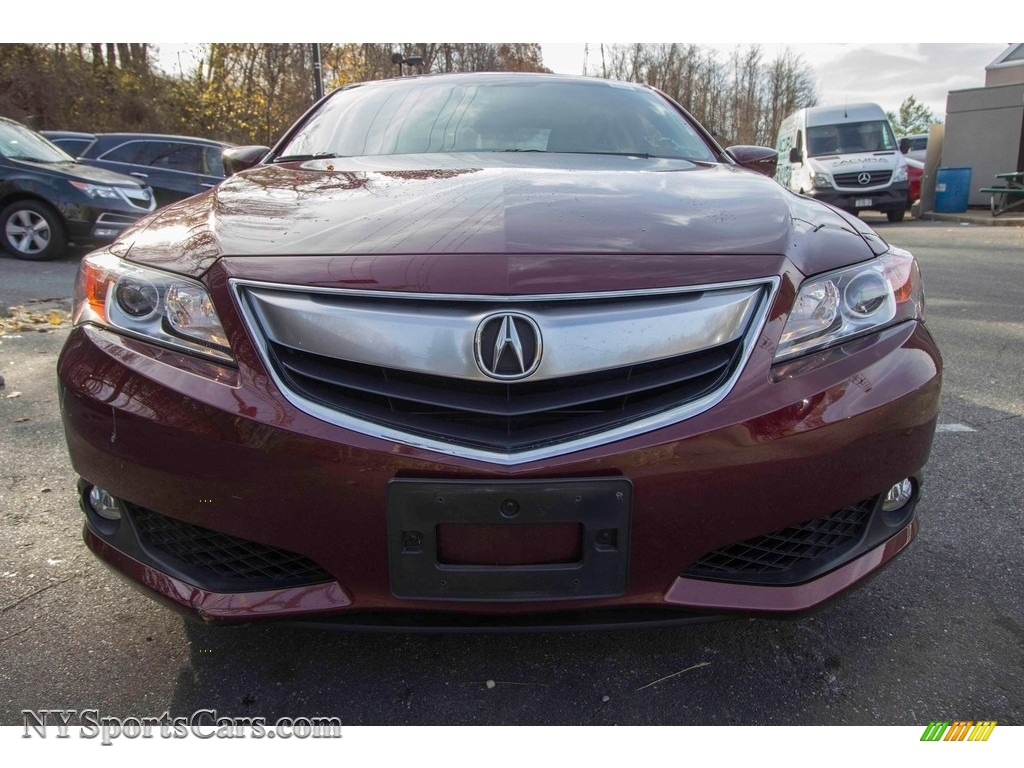 2013 ILX 2.0L Technology - Crimson Garnet / Parchment photo #2