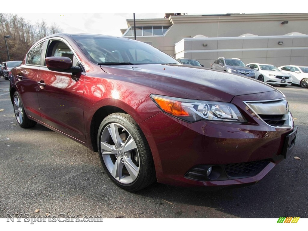 2013 ILX 2.0L Technology - Crimson Garnet / Parchment photo #9