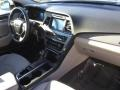Hyundai Sonata SE Quartz White Pearl photo #25