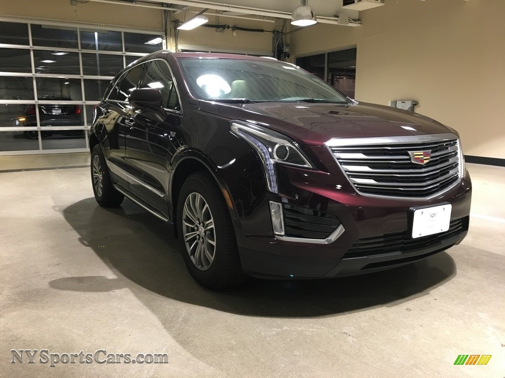 2018 XT5 Luxury AWD - Deep Amethyst Metallic / Sahara Beige photo #1