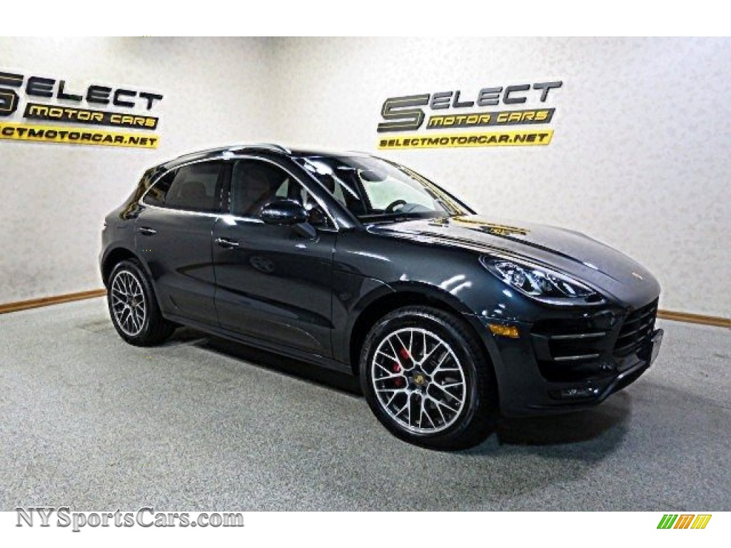 2017 Macan Turbo - Volcano Grey Metallic / Black/Garnet Red photo #4