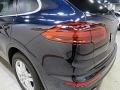 Porsche Cayenne Platinum Edition Sapphire Blue Metallic photo #7