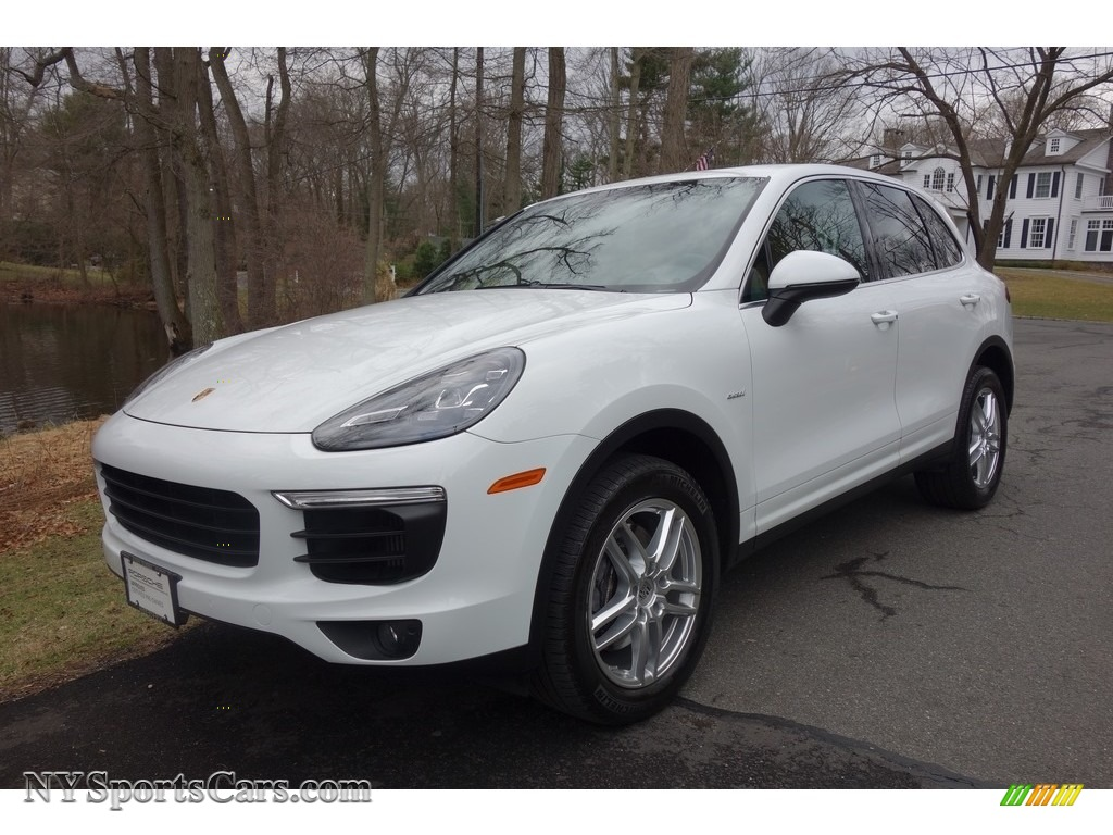 2015 Cayenne Diesel - White / Black/Luxor Beige photo #1