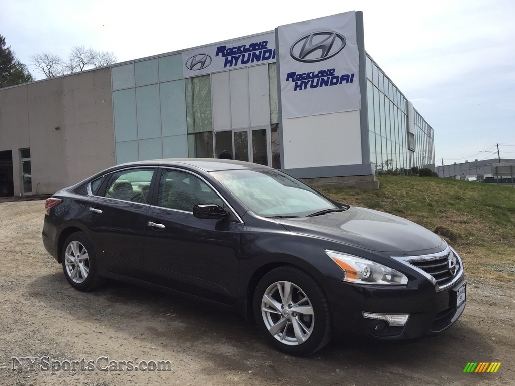 2015 Altima 2.5 SV - Super Black / Beige photo #1