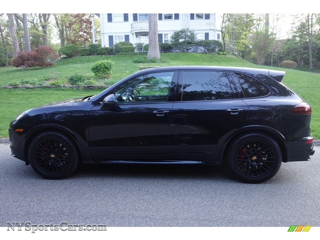 2018 Cayenne GTS - Moonlight Blue Metallic / Black photo #3