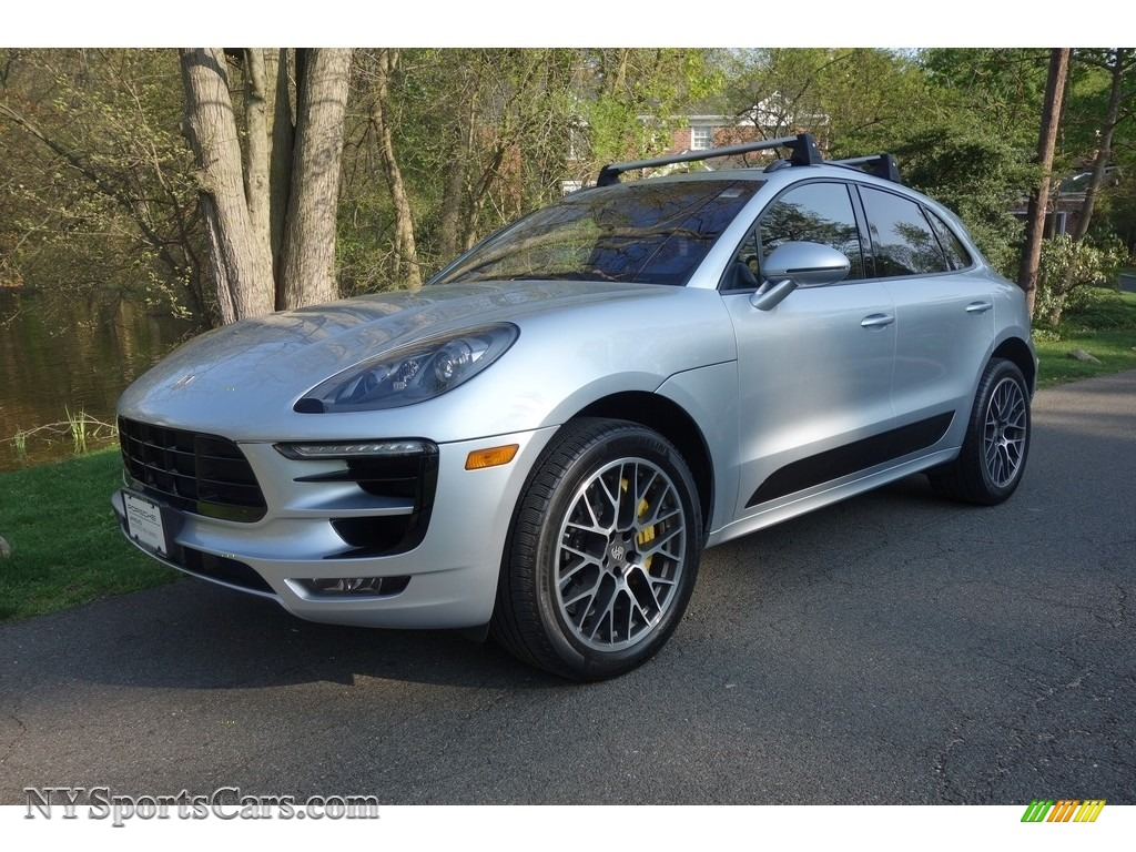 Rhodium Silver Metallic / Saddle Brown Porsche Macan Turbo