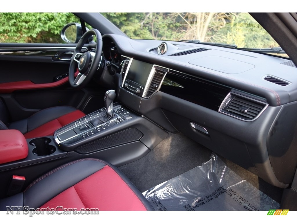 2018 Macan  - Volcano Grey Metallic / Black/Garnet Red photo #14